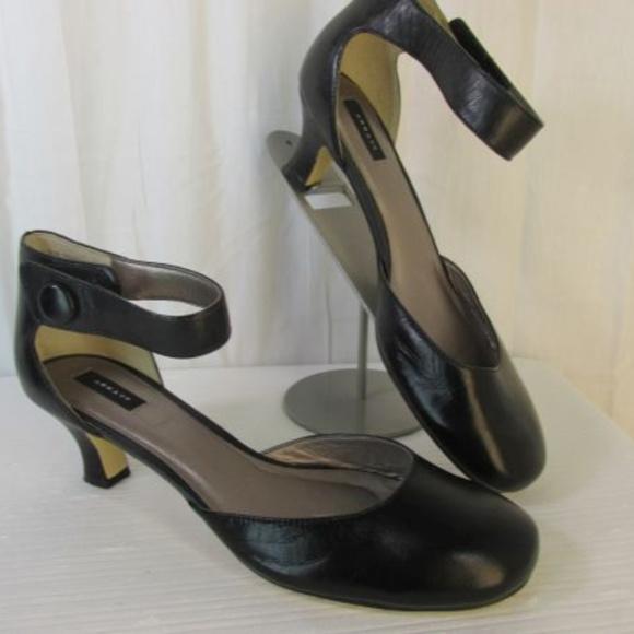 6ce25df8c81 Array Shoes - Array Charlie Ankle Strap Heels Shoes 9.5 Black